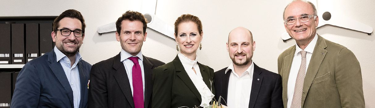 v.l.n.r.: Neudoerfler CFO Mag.(FH) Florian Saiko, IV Kärnten Vizepräsident Mag. Paul Sommeregger, Mag. Ilse Rapatz, Senior HR Manager Human Resources Management Philips Austria GmbH, Mag. Harald Wiesinger, Marketing Neudoerfler, Neudoerfler CEO Mag. Helmut Sattler