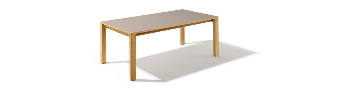 elegant kombiniert die sterreichische m belindustrie. Black Bedroom Furniture Sets. Home Design Ideas